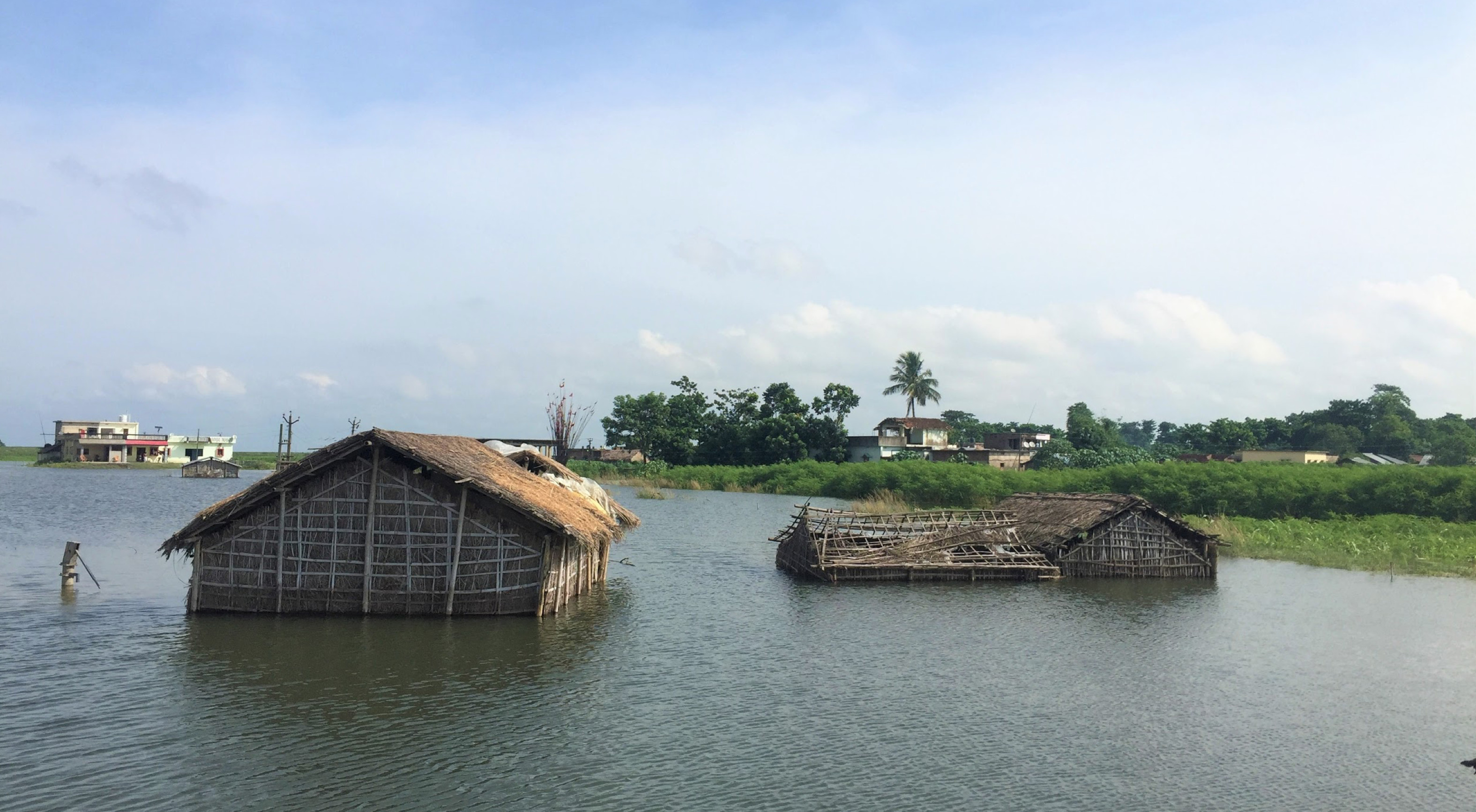 Submerged homes and crop damages from the recent flooding in northern Bihar, India - Photo source Dakshina Murthy / IWMI